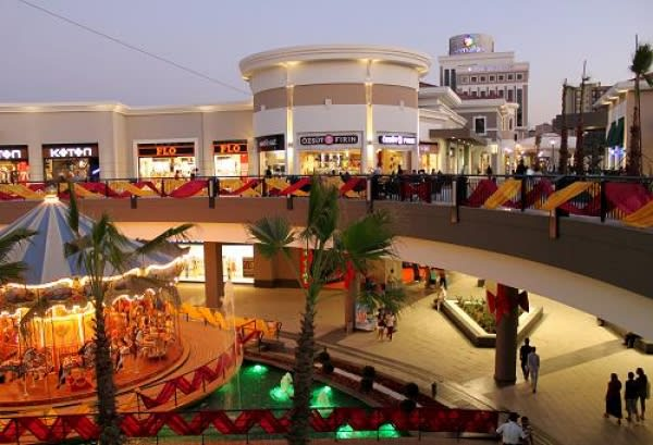Enjoy Shopping in Halkali with Vivid Options