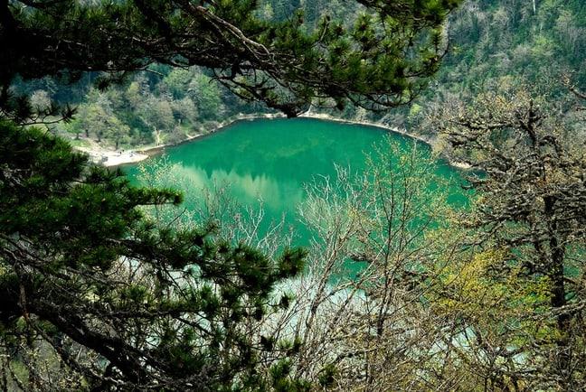 بحيرة بيرزار