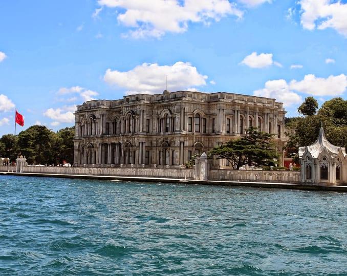 قصر بيلاربي