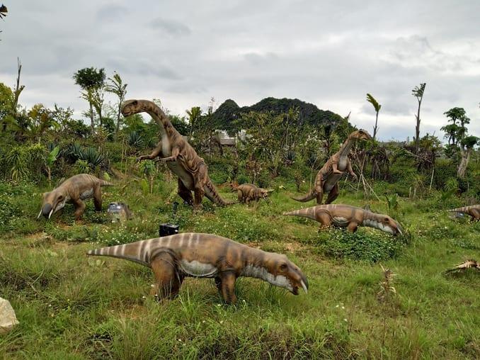حديقة الديناصورات في مول فورم اسطنبول