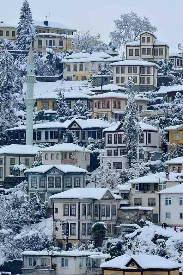 الثلوج في تركيا في فصل الشتاء