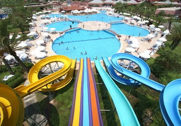 Aqua Dolphin Water Park in Istanbul