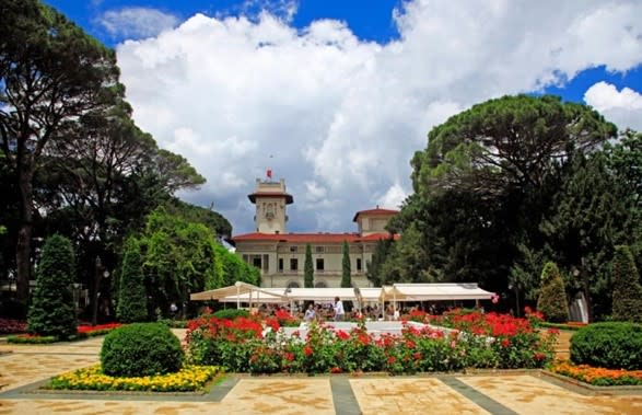 قصر الخديوي اسماعيل في تركيا