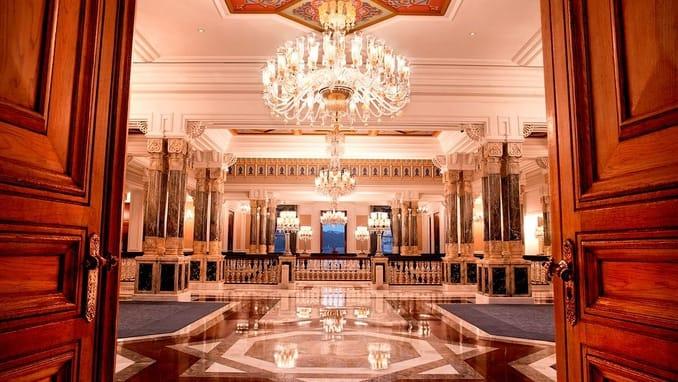 قصر تشيراغان في اسطنبول