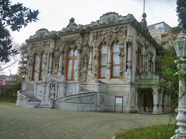 قصر أهلامور
