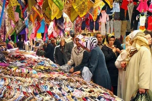 سوق الفاتح في اسطنبول
