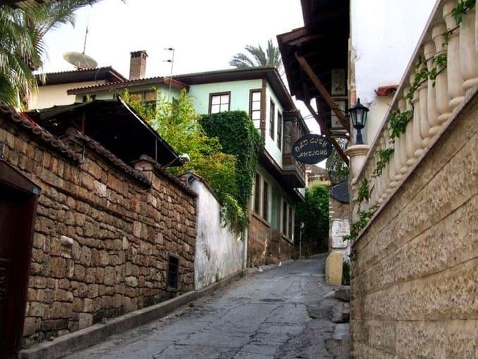 المدينة القديمة أنطاليا كاليتشي