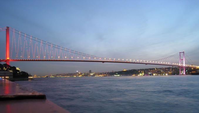 جسر البوسفور إسطنبول