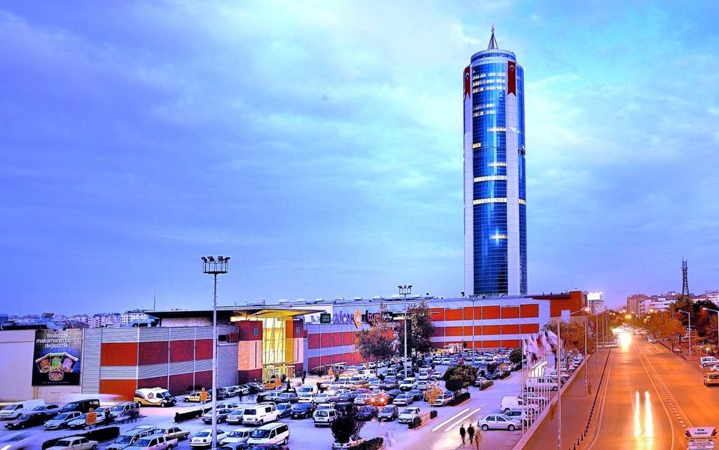 برج السلاجقة في قونيا