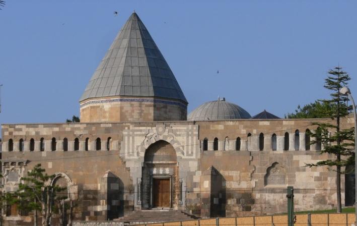 مسجد وتلة علاء الدين في قونية