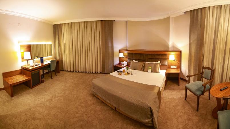 فندق بيرا كونيا