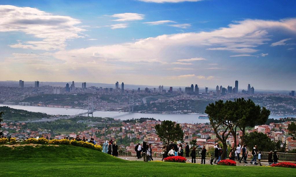 تلة العرائس في اسطنبول