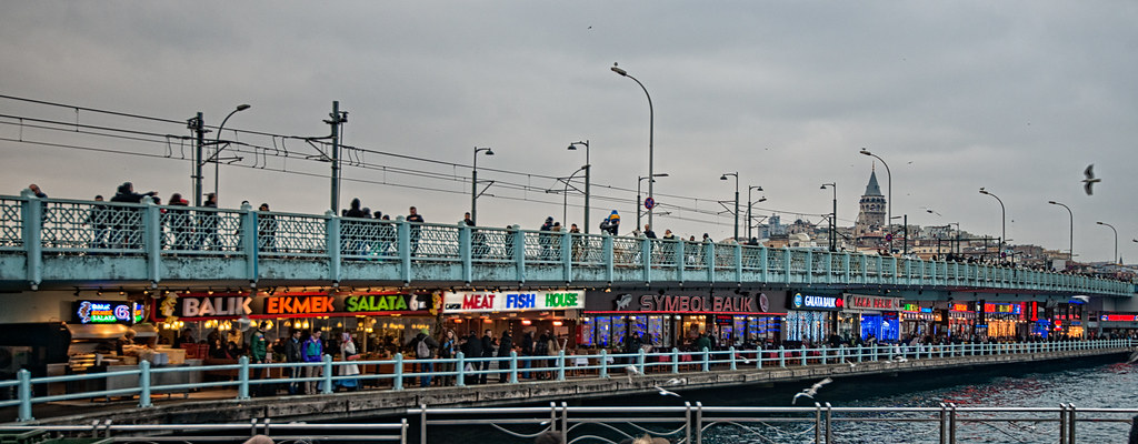 Fish restaurants at Galata bridge