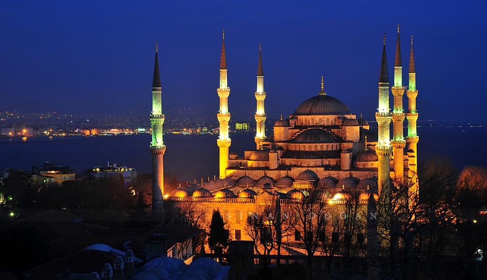 ربيع العائلة في إسطنبول وأنطاليا